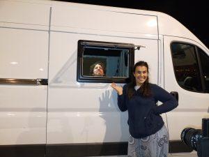 colocar ventanas en furgoneta camper